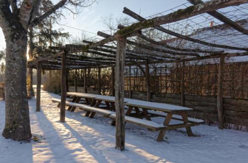 Tonnelle sous la neige